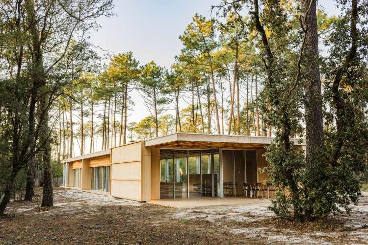 Nicolas Dahan, Wooden Villa